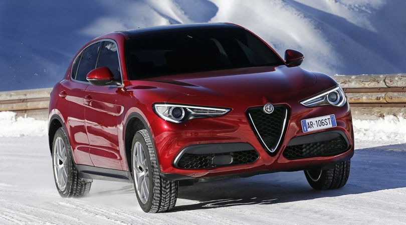 Alfa Romeo Stelvio, il primo SUV della storia parte da 50.800 euro