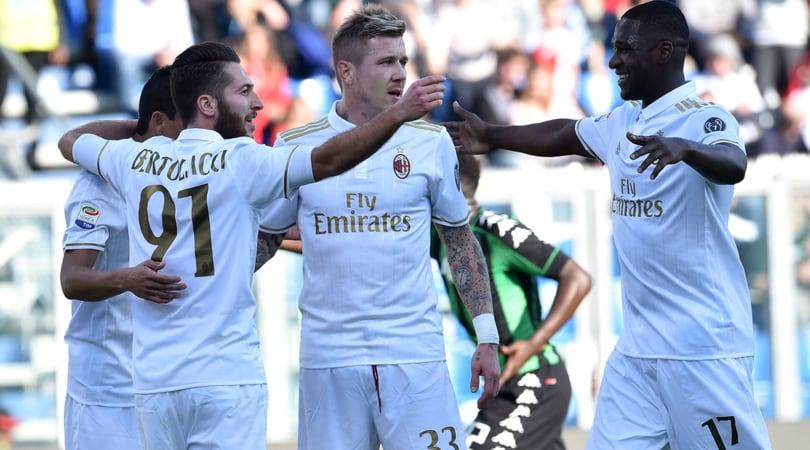 Serie A: Sassuolo-Milan 0-1, Chievo-Pescara 2-0, Genoa-Bologna 1-1, Crotone-Cagliari 1-2