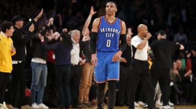 NBA, Gallinari e Belinelli ko. Westbrook e Griffin stellari
