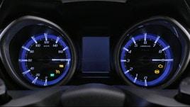Yamaha TMAX: tutte le funzioni della nuova strumentazione
