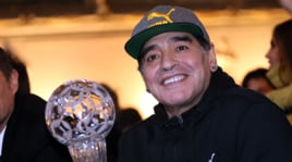 Maradona attacca l'Afa: «Bisogna farla saltare con una granata»
