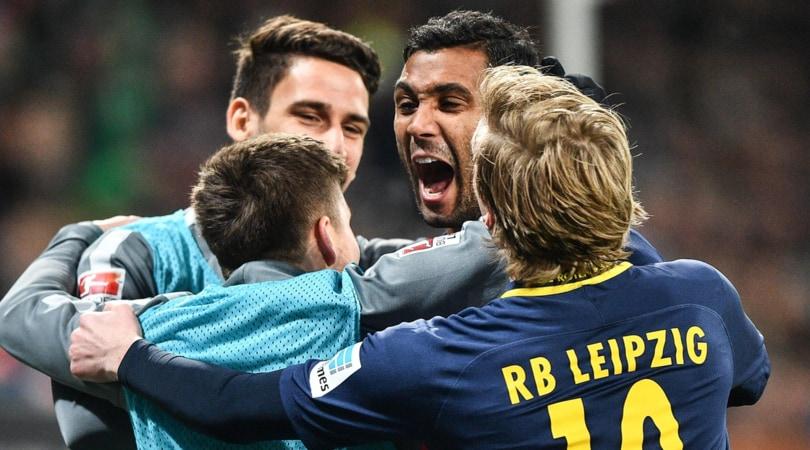 Bundesliga: Augsburg-Lipsia 2-2, occasione Dortmund