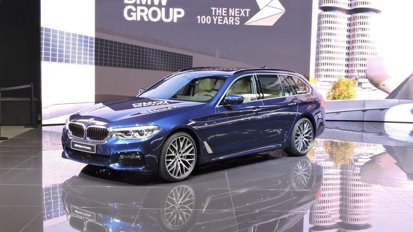 BMW, a Ginevra debutta la Serie 5 Touring
