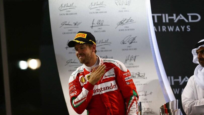 F1, Vettel saluta i tifosi: «È bello avere il vostro sostegno»
