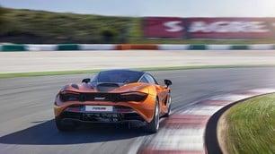 McLaren 720S: le immagini