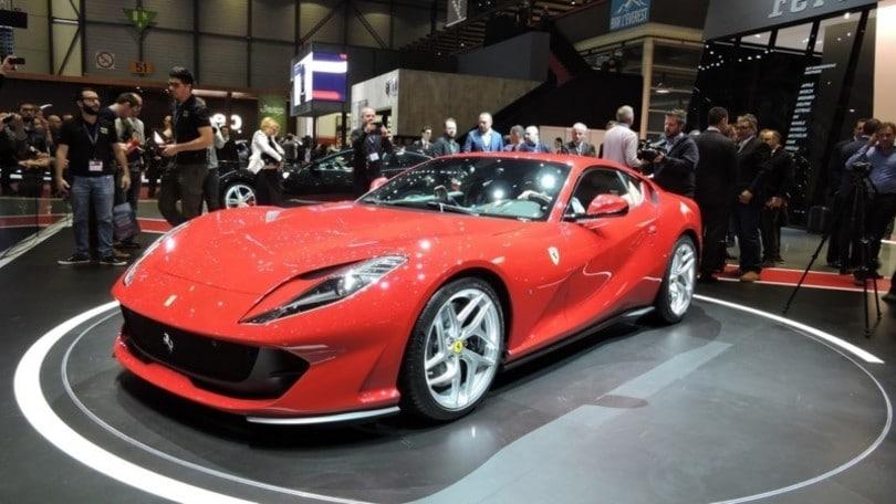 Ferrari 812 Superfast, 800 CV per festeggiare i 70 anni