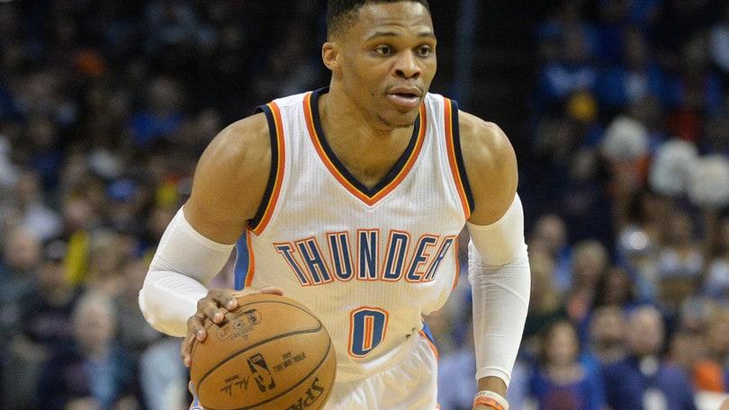Basket, NBA: Westbrook va ancora in tripla doppia. Denver intravede i playoff