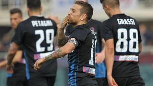 Papu show: 2 gol e un assist contro il Pescara