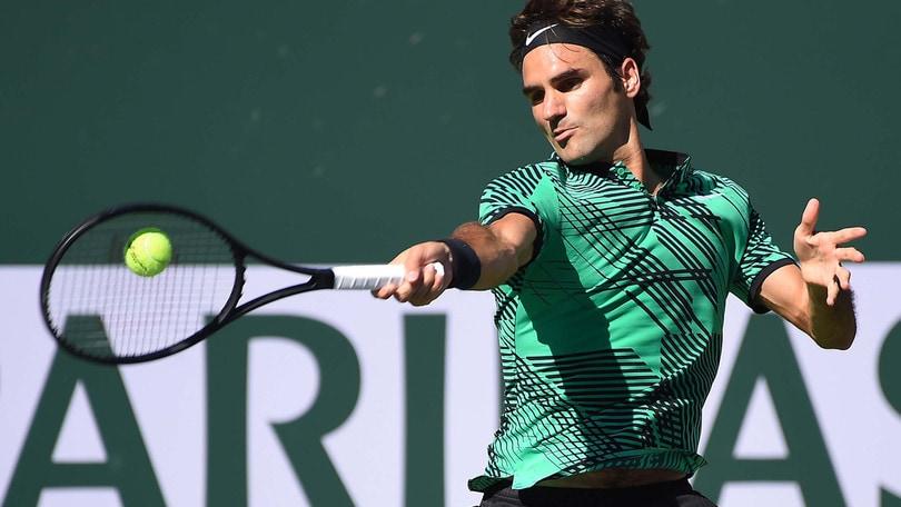 Tennis: Federer vince ancora, crolla la quota per un altro Slam
