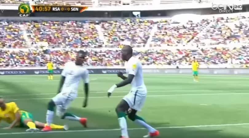 """Fifa, arbitro radiato per """"colpa"""" di Koulibaly"""