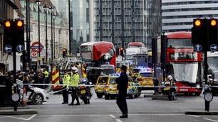 Paura a Londra, attentato davanti a Westminster