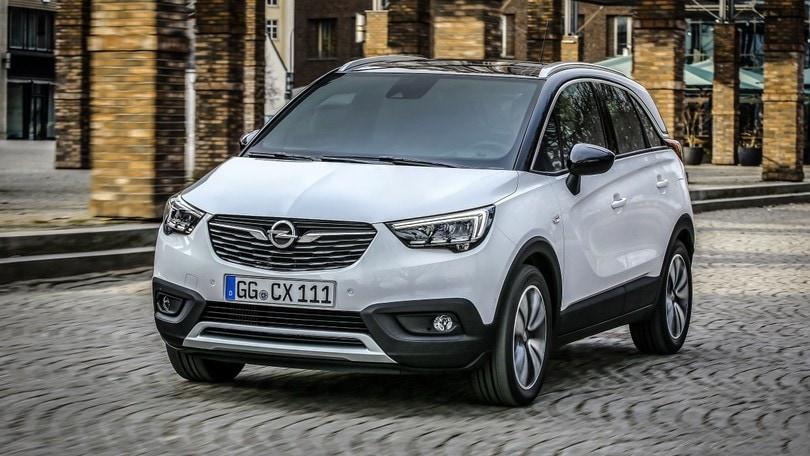 Opel, la Crossland X parte da 16.900 euro