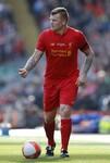 Roma, guarda l'ex Riise: in campo con le leggende del Liverpool