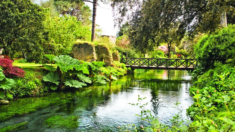 Il giardino di ninfa riapre al pubblico corriere dello sport - Il giardino di ninfa ...