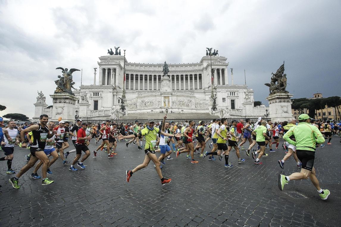 Maratona di roma trionfa l 39 etiope tola zanardi primo per for Ca roma volta mantovana