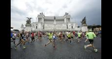 Maratona di Roma: trionfa l'etiope Tola, Zanardi primo per la sesta volta