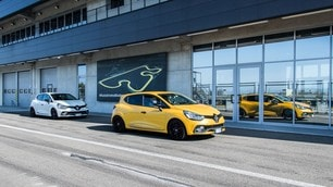 Renault Clio RS in pista
