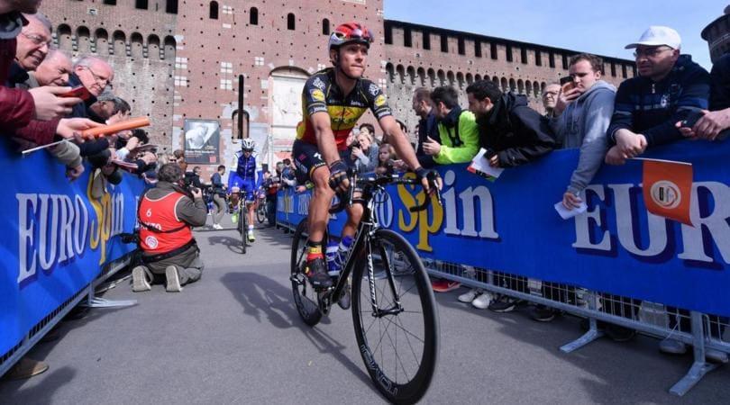 Parigi-Roubaix, Gilbert rinuncia: «Mi serve una pausa»
