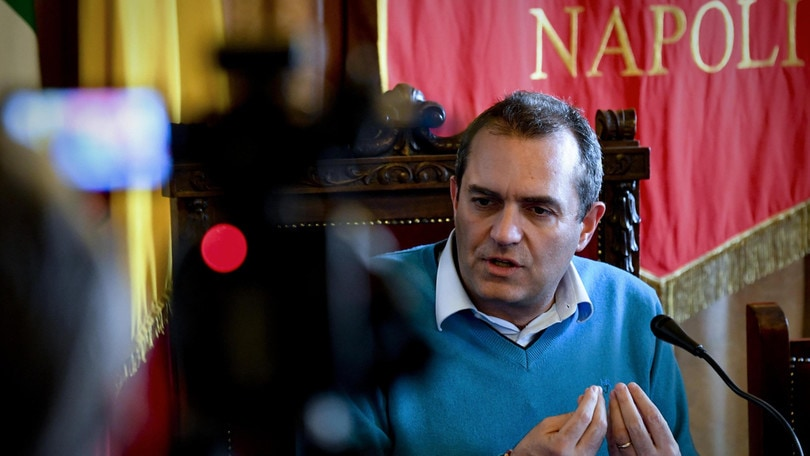 Napoli, De Magistris: «Juventus? Sono ottimista per questa sera»