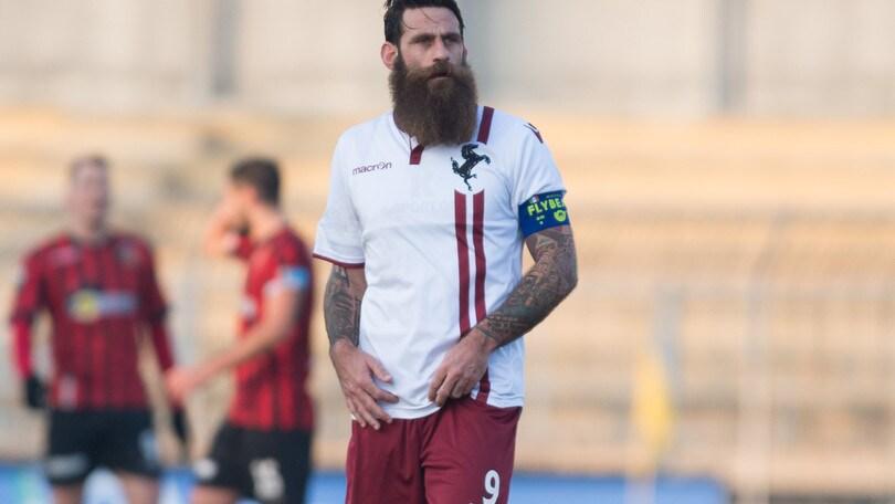 Calciomercato Arezzo, Moscardelli rinnova il contratto