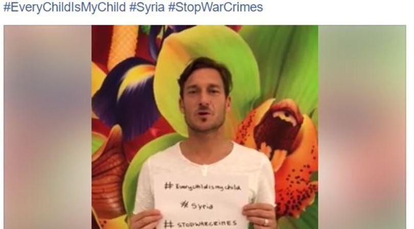 Attacco Usa, appello di Totti: «Basta guerra in Siria!»