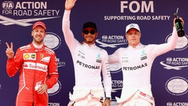 Gp Cina, pole di Hamilton. Vettel parte secondo