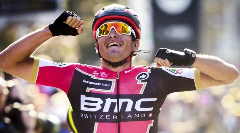 Parigi-Roubaix 2017: Van Avermaet cade e poi vince. L'azzurro Moscon 5°