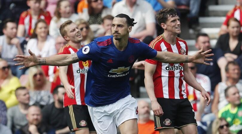 Premier League, valanga Manchester United: 3-0 a Sunderland. Crollo Leicester