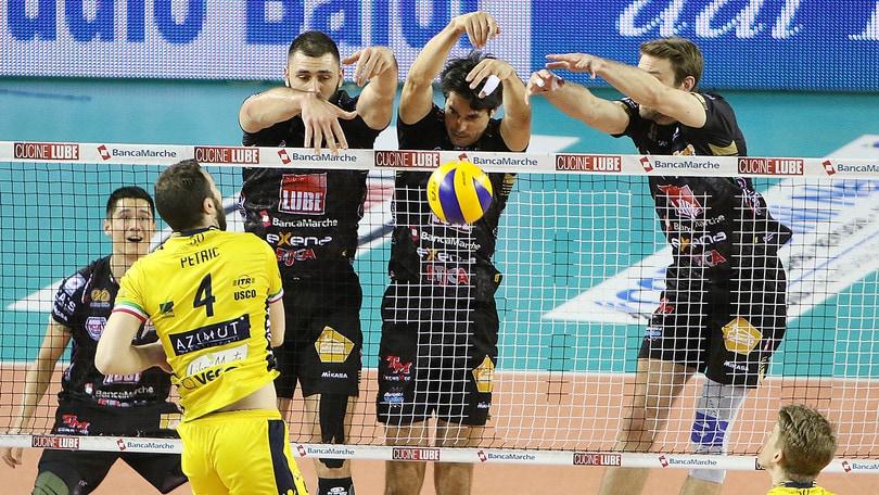 Volley: Superlega, Civitanova vince al quinto e si porta 2-1