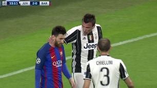 Juventus-Barcellona, scintille tra Messi e Mandzukic