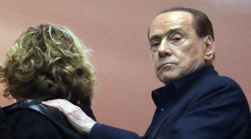 Closing Milan, l'addio di Berlusconi: «Resterò il primo tifoso»