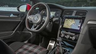Volkswagen Golf GTI Performance: foto