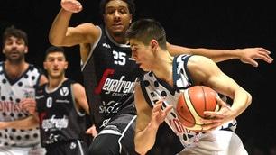 Serie A2, stasera il derby numero 105 di Basket City