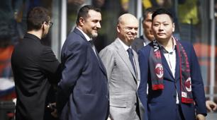 Milan, Han Li e Fassone a bordocampo al Meazza
