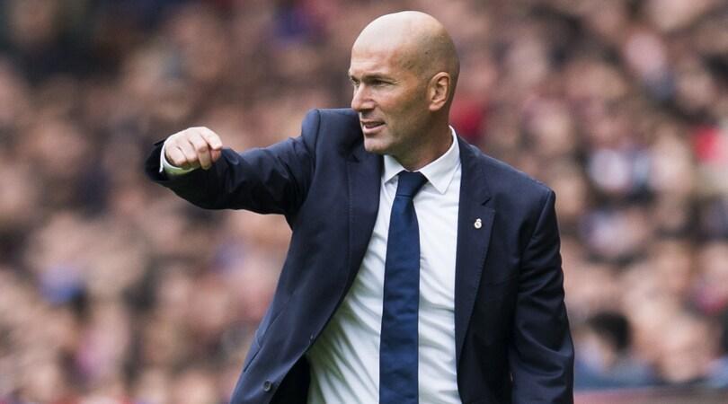 Stampa spagnola: «Zidane resterà sulla panchina del Real Madrid»