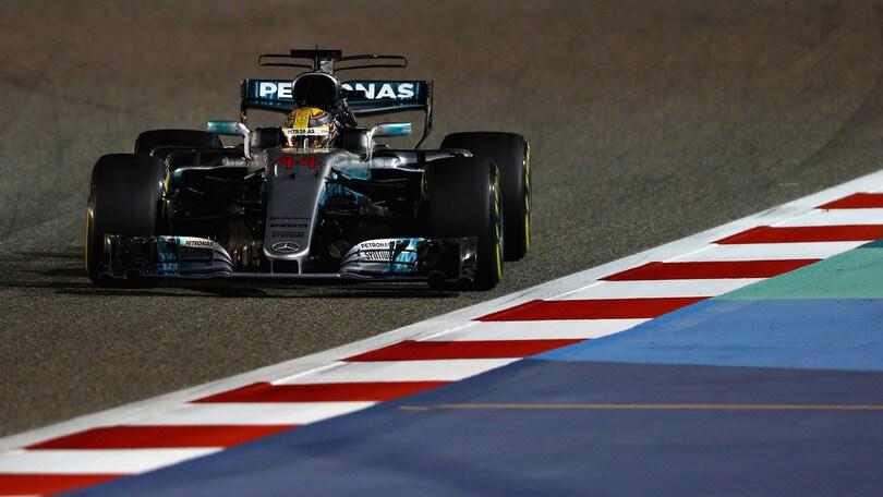 F1 Bahrain: Hamilton avanti nei test, Vettel settimo