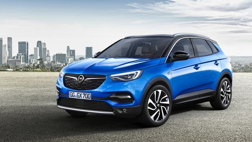 Opel Grandland X, arriva il crossover medio