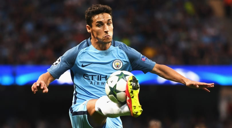 Calciomercato Roma, affare Jesus Navas: contratto pronto