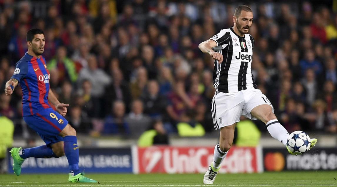 Difesa composta quasi esclusivamente da giocatori bianconeri: Mbappé, Ronaldo, Reus e Lewandowski tra gli altri