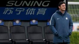Inter, tutti sotto esame: Zanetti controlla l'allenamento