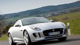 Jaguar F-Type Coupé: foto e prezzi
