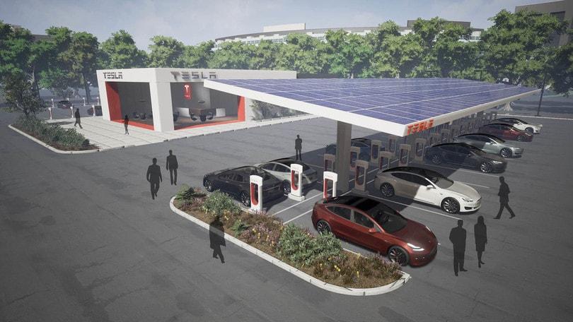 Tesla raddoppierà la propria rete di ricarica in pochi mesi