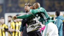 Felipe Melo contro tutti: pugno a un avversario in Copa Libertadores