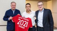 Bayern Monaco, Thiago Alcantara rinnova fino al 2021