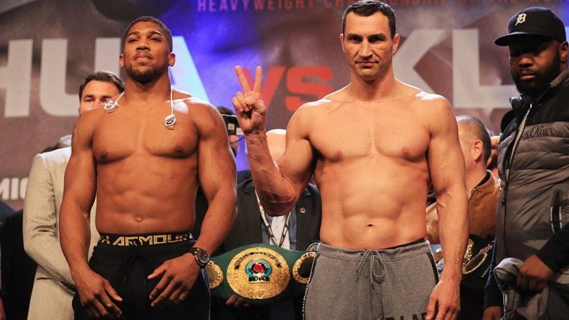 Boxe: Joshua-Klitschko, per i bookmaker avanti il britannico