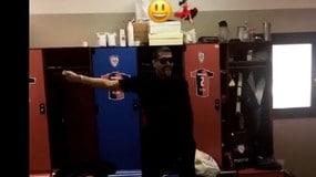 Borriello sfida Gomez a colpi di passi di danza: «Il Papu muto»