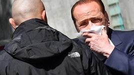 Berlusconi esce dalla clinica