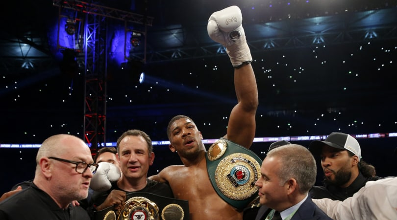 Boxe: Joshua campione del mondo, Klitschko perde per ko