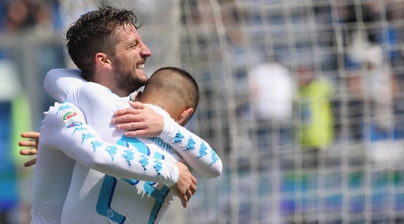 Mertens anti-Higuain anche sul mercato: Napoli o Premier League