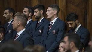 Torino, la squadra a Superga: Belotti si commuove per gli Immortali